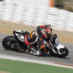Foto 9 de 17 de la galería ktm-690-duke-track-limitada-a-200-unidades-definitivamente-quiero-una-ktm-690-ejc en Motorpasion Moto