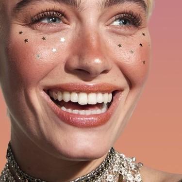 Nos apuntamos al look Euphoria con estrellitas incluidas: la maquilladora de NYX nos da todos los trucos