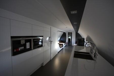avion-hotel-cocina