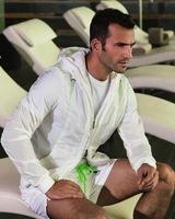 Enrique Palacios, la nueva cara de la Armani Colezzioni para la temporada Primavera 2013