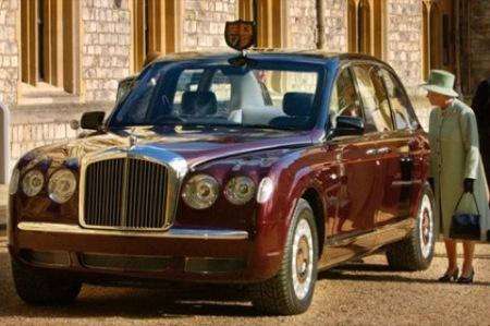 La reina de Inglaterra se pasa al biocombustible