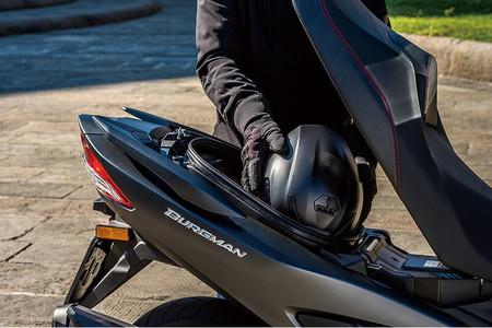 Suzuki Burgman 400 2018 17