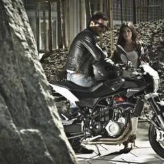 Foto 2 de 111 de la galería husqvarna-nuda-900-y-900r-datos-y-fotos-oficiales en Motorpasion Moto