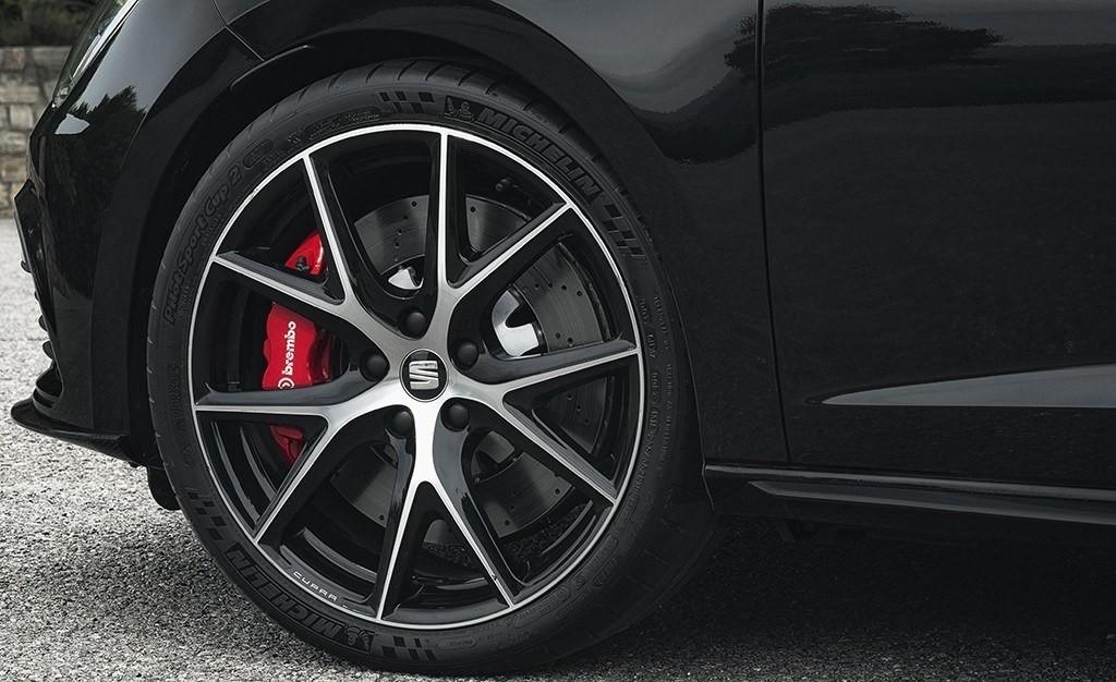 Foto de SEAT León ST Cupra Black Carbon (8/8)