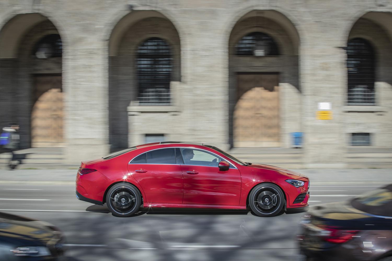 Foto de Mercedes-Benz CLA Coupé 2019, toma de contacto (15/248)