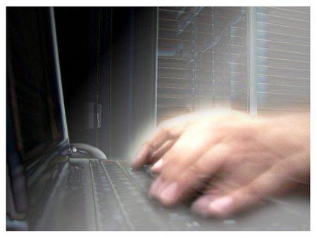 Estados Unidos inculpa a 60 personas por ciberdelincuencia