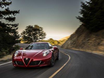 Un nuevo deportivo de Alfa Romeo llamado 6C podría llegar en 2020 para hacer frente al Jaguar F-Type