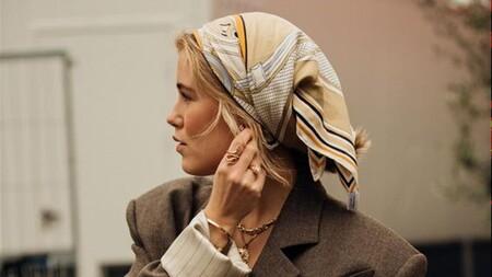 Panuelo Street Style 67ea01da 1280x720colocar el pañuelo de tal forma que envuelva la zona superior de nuestra cabeza.