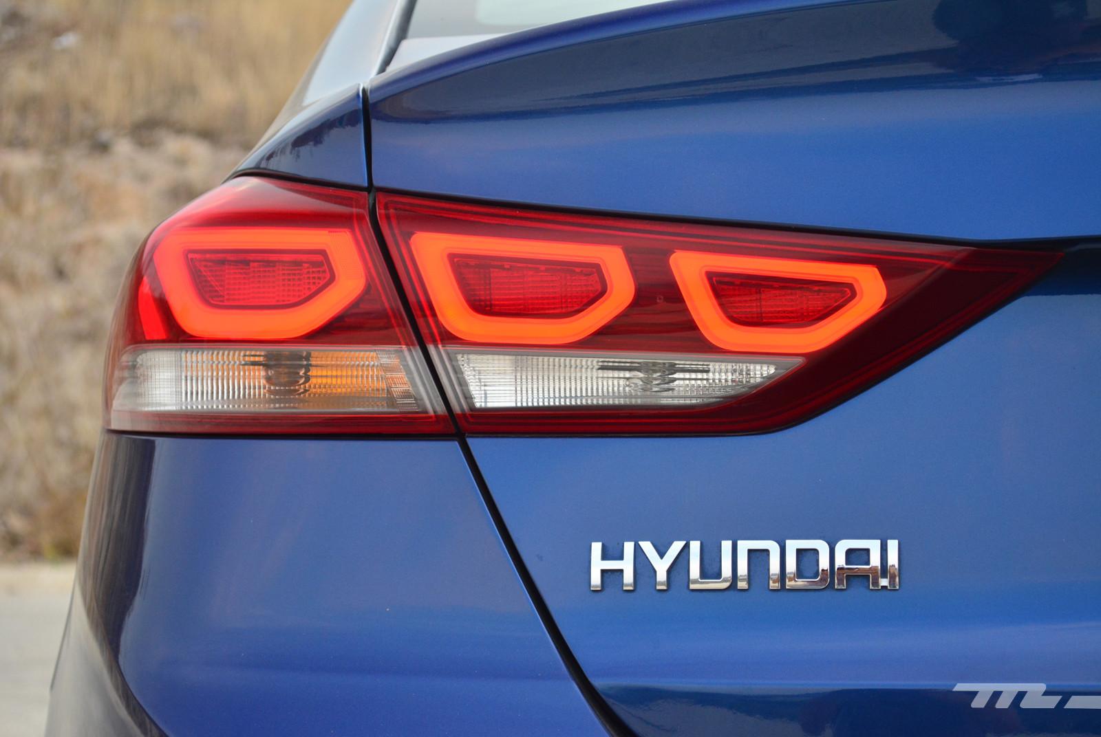 Foto de Hyundai Elantra (Prueba) (17/19)