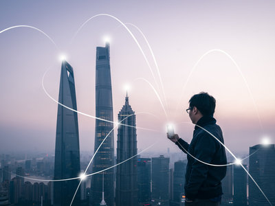 """""""Luz retorcida"""", un nuevo proyecto con el que buscan transmitir datos inalámbricos más rápido que la fibra"""