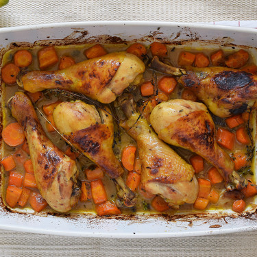 Jamoncitos de pollo al horno con salsa de limón, mostaza y miel: receta facilísima para comer o cenar bien