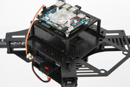 3047157 Slide S 4 Fc Pilots Could Fly Djis New M100 Drone For Developers Using Oculus Vr Goggles