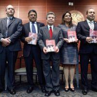 Editan la constitución en versión bilingüe Maya - Español