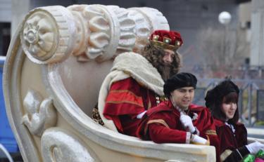 """Si vas a la Cabalgata de Reyes, este año puedes encontrarte una """"reina maga"""""""
