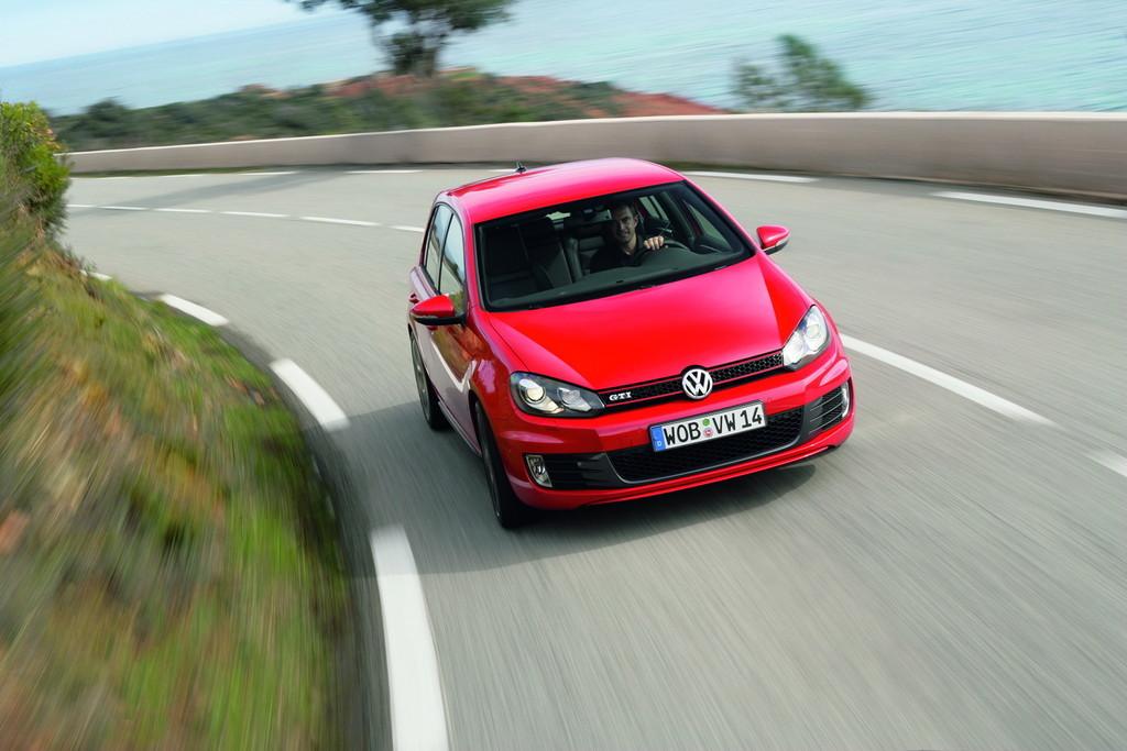 Foto de Volkswagen Golf GTi 2010 (14/38)