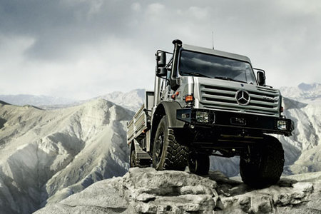 El Mercedes-Benz Unimog es una vez más el Off-Roader of the Year 2009
