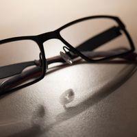 Duelo de filtradores: Jon Prosser contradice a Kuo y dice que las gafas de Apple llegarán en 2021