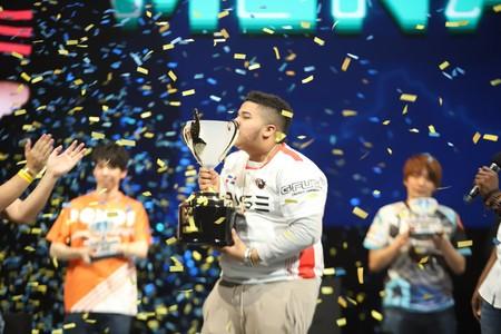 MenaRD, el dominicano que venció a los grandes con un mando de PS4 en la Capcom Cup