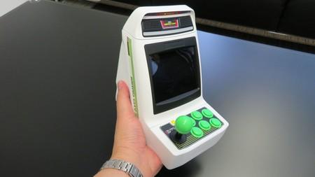 Astro City Mini Arcade es la nueva propuesta miniaturizada de Sega: una recreativa con 36 juegos que cabe en la palma de tu mano
