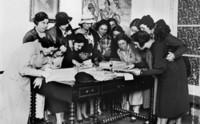 Elías Querejeta produce el documental 'Noticias de una guerra', de Eterio Ortega