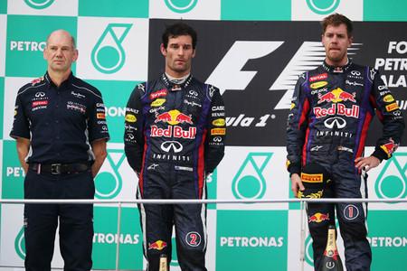 Sebastian Vettel echa más leña al fuego