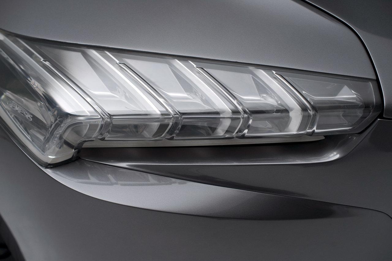 Foto de Hyundai HCD-14 Genesis Concept (10/15)