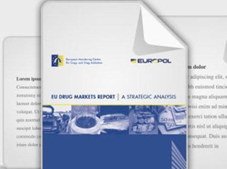 """Europa advierte de las """"ventajas"""" de Internet para promover el mercado ilícito de drogas"""