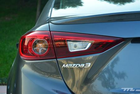 Mazda 3 Vs Volkswagen Jetta Vs Kia Forte 31