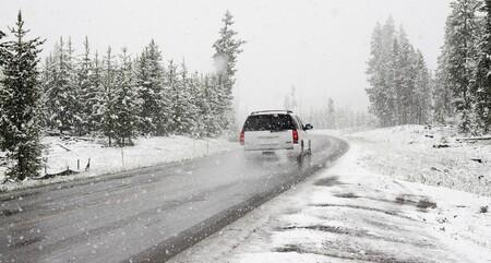 Consejos sobre Conducir en Nieve o Hielo 2021