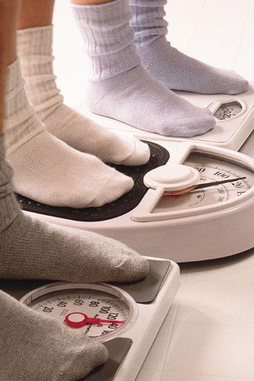 Perder demasiado peso durante la lactancia no conviene tampoco al bebé