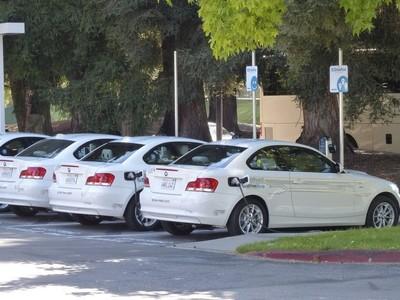 Sylicon Valley se ha convertido en un lugar complicado para aparcar un coche eléctrico