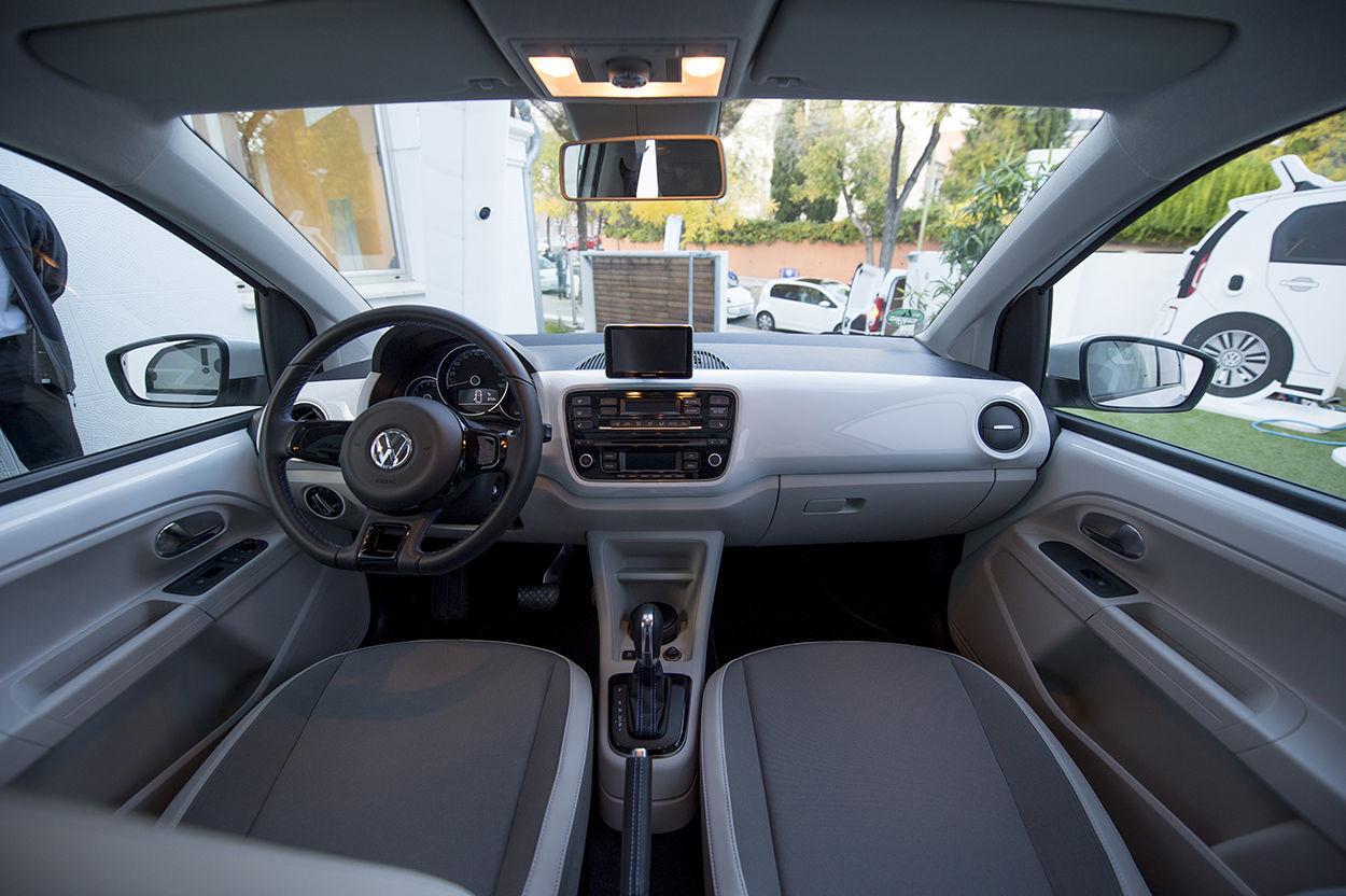 Foto de Volkswagen e-up! (12/26)