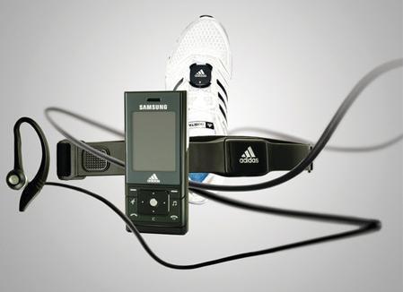 Adidas y Samsung crean un teléfono móvil que hace de entrenador personal: miCoach