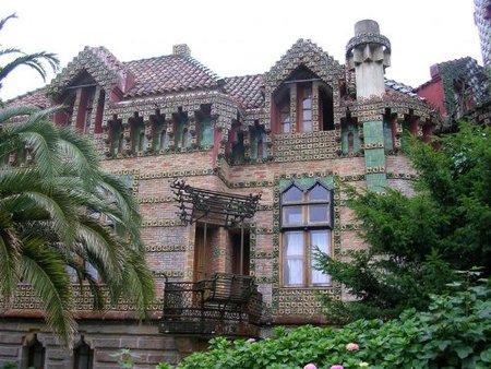 El Capricho de Gaudí en Comillas (Cantabria)