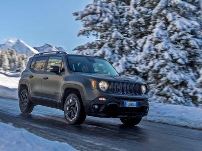 El Jeep Renegade parece que no ha cambiado por fuera, pero su interior está más conectado que nunca