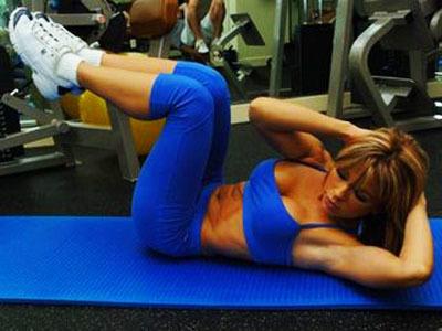 ¿Cuántas veces a la semana debemos entrenar los abdominales?