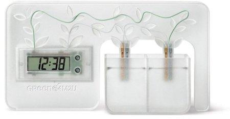 Un reloj despertador que funciona con agua