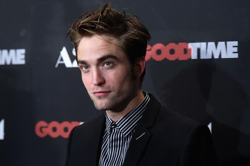 Robert Pattinson Cayo En El Peor Error Al Vestir Un Traje Se Lo Perdonamos 1