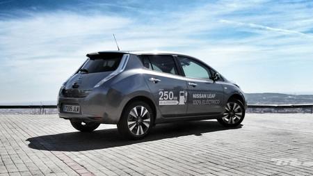 Opel Ampera E 8