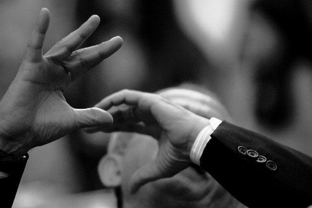 hablar con las manos