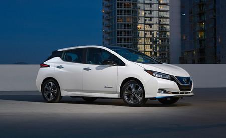 El Nissan Leaf más barato ya está a la venta en España: un coche eléctrico con 285 km de autonomía y ahora desde 25.900 euros