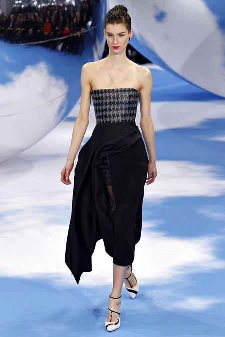 Foto de Christian Dior Otoño-Invierno 2013/2014: Memory dresses (16/21)
