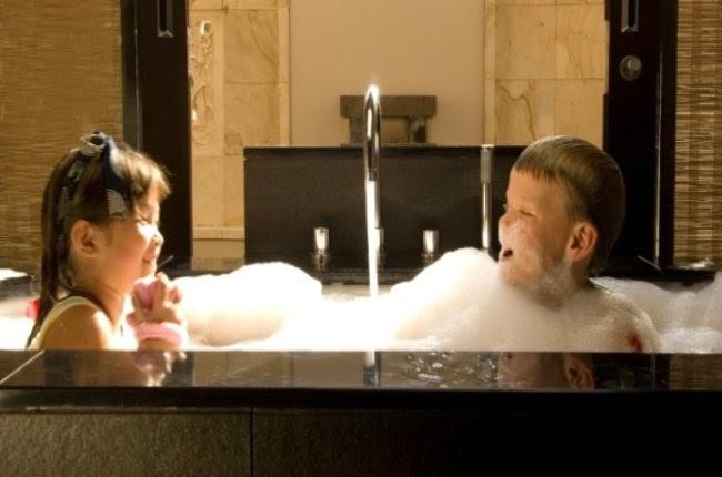 niños en el spa