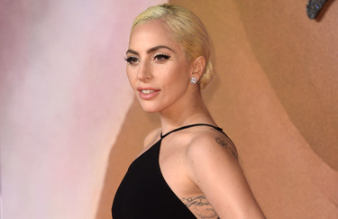 Lady Gaga y su look más sencillo en los British Fashion Awards 2016