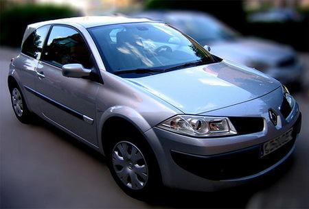 Las ventas de coches nuevos suben en Abril, los vendedores dicen que es un espejismo