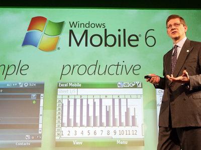 """Cómo eran los sistemas operativos de los """"smartphones"""" de 2007"""