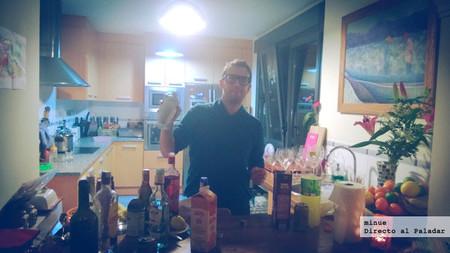 preparando cócteles