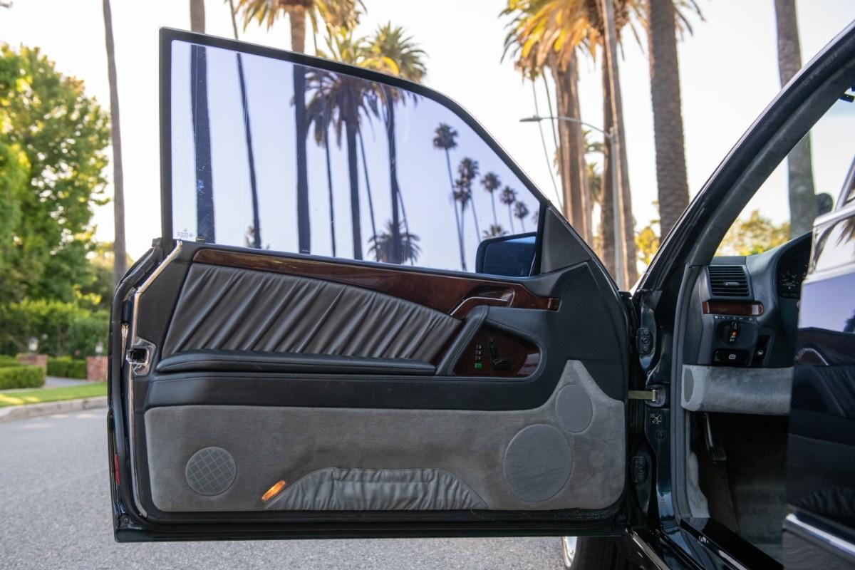 Foto de El Mercedes Benz S600 Lorinser de Michael Jordan, a subasta (10/18)
