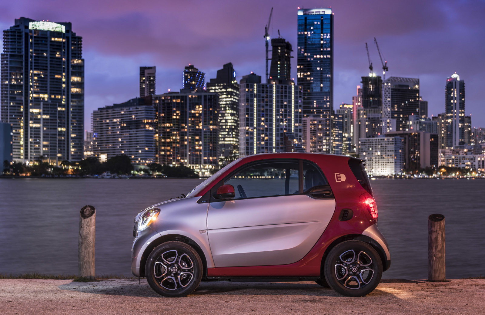 Foto de smart fortwo Electric Drive, toma de contacto (60/313)