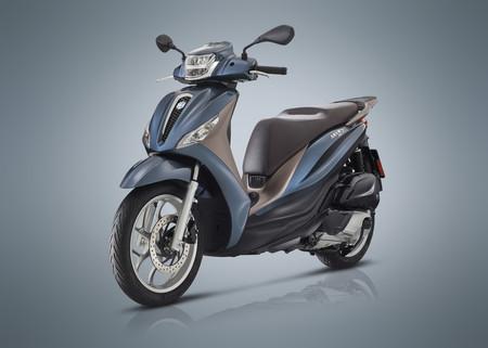 El nuevo Piaggio Medley es el mismo scooter de rueda alta, pero ahora con más potencia, capacidad y conectividad